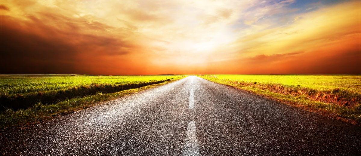 wizerunek drogi, która symbolizuej chęć osiągania lepszych zysków