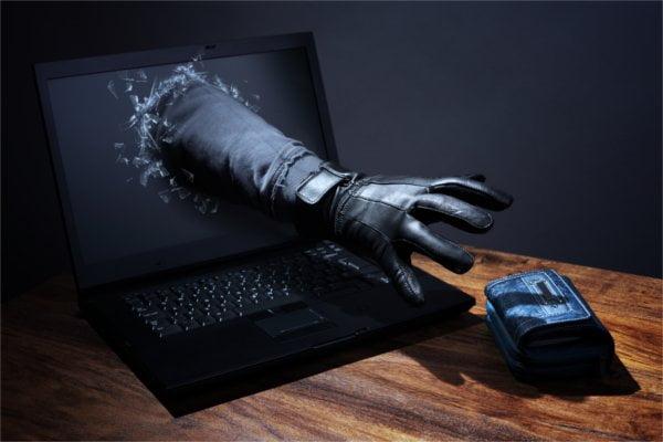 Jak polacy dbają o bezpieczeństwo haseł