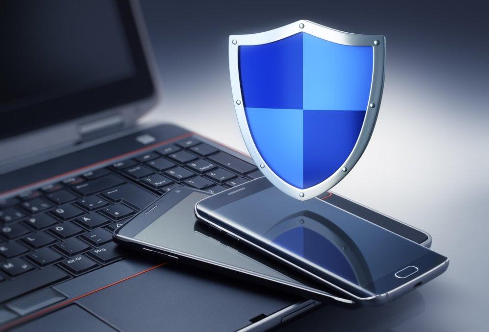 Pełna ochrona smartfona dzięki programom antywirusowym AVG i AVAST
